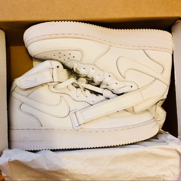 cheap for discount 548f8 fca18 Nike Air Force 1 MID  07